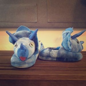 Triceratops build a bear slippers toddler sz 12-13